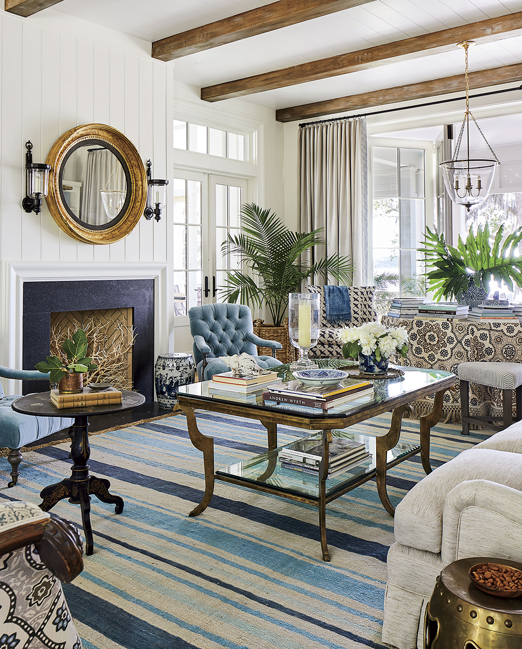 Southern Charm Living Room: 2019 Southern Living Idea House